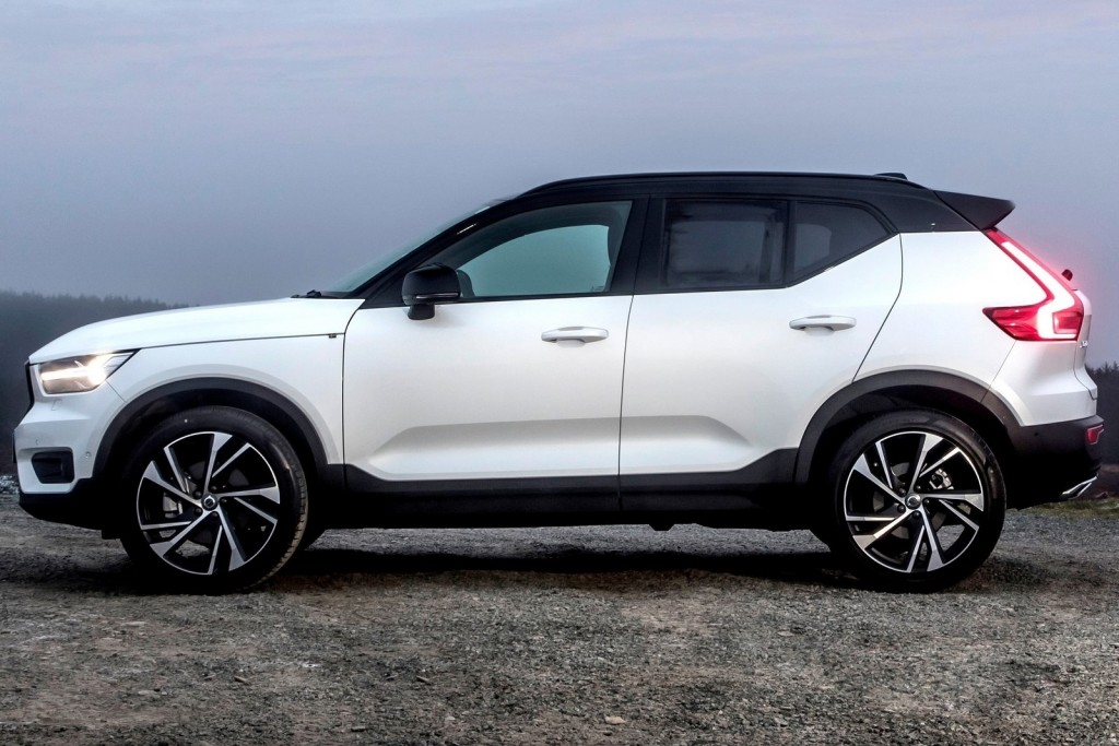 Volvo-XC40_UK-Version-2018-1600-25