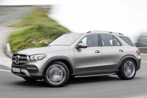 มาแล้ว รุ่นใหม่แกะกล่อง Mercedes-Benz GLE ตัวลุยระดับหรู เปิดตัวด้วยรุ่นเครื่องยนต์เบนซิน พ่วงมอเตอร์ไฟฟ้า ภายในล้ำสมัย และหรูหรา