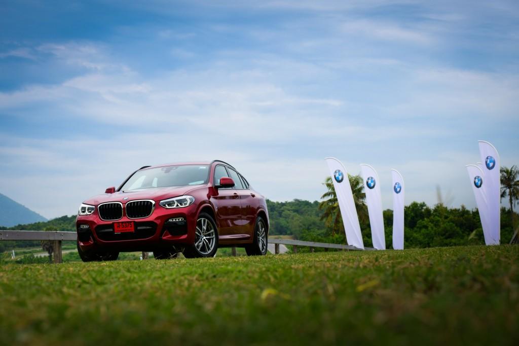 BMW x4 1001