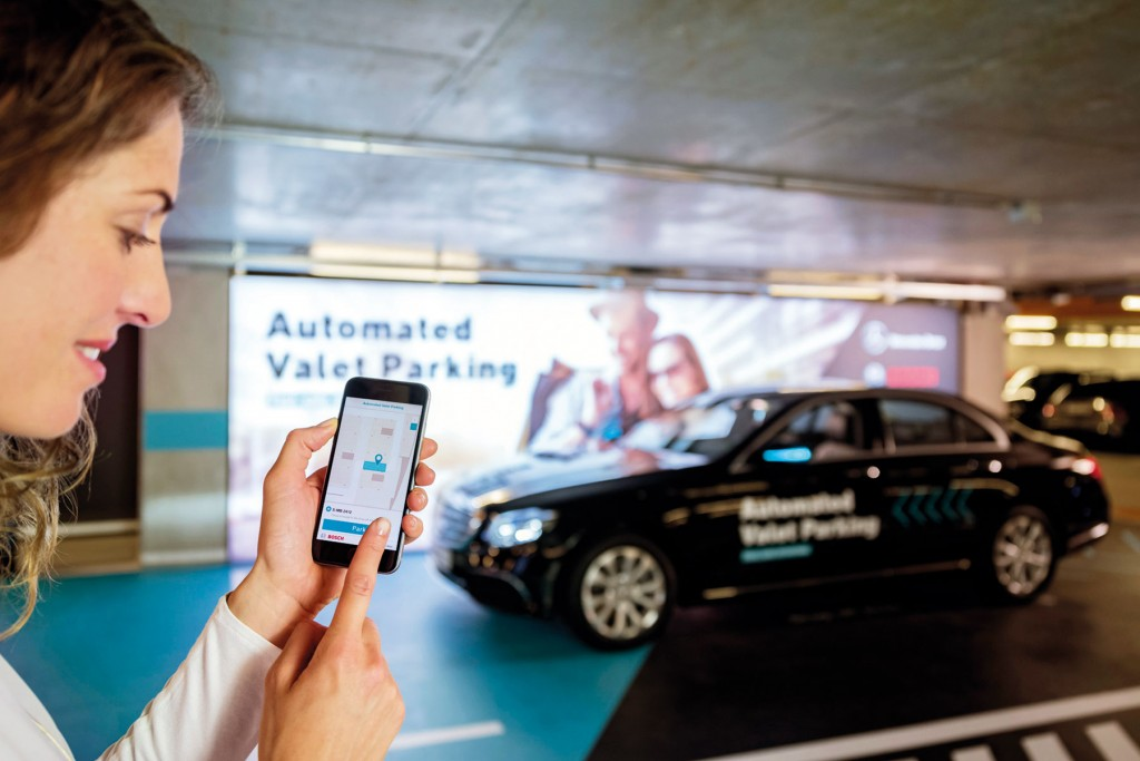 mercedes-benz-and-bosch-automated-valet-parking_100615402_h