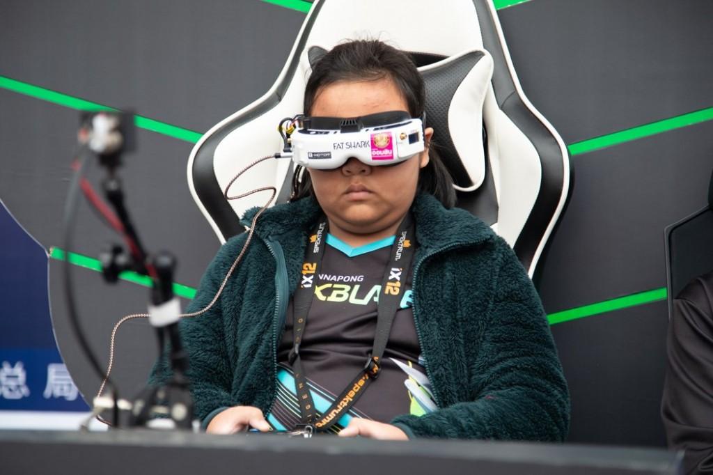 เด็กหญิงไทยสร้างชื่อ คว้าแชมพ์โลก Drone Racing