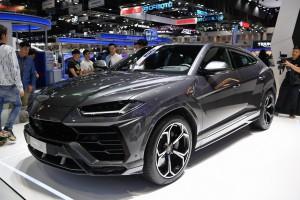 Lamborghini Urus กระทิงดุมาดใหม่ กับซูเพอร์คาร์ในร่างครอสส์โอเวอร์ สนนราคาที่ 23,420,000 บาท !