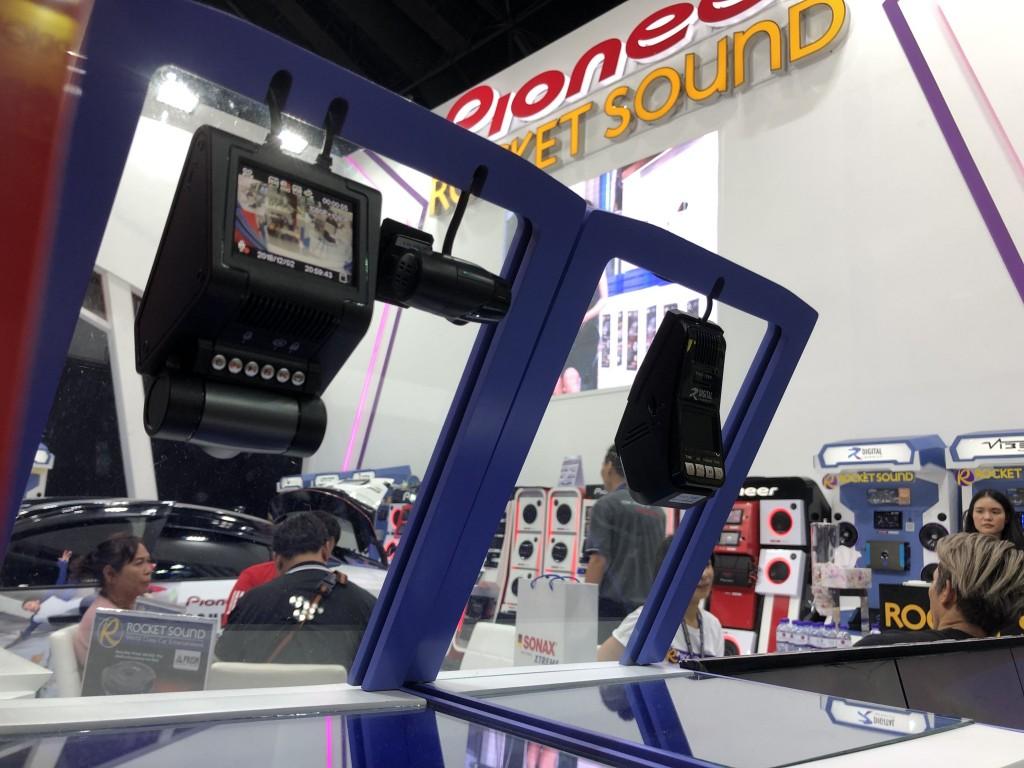 ไปเลือกซื้อกล้องติดรถ Digital Research ในงาน Motor Expo 2018 ที่เมืองทองกันเถอะ