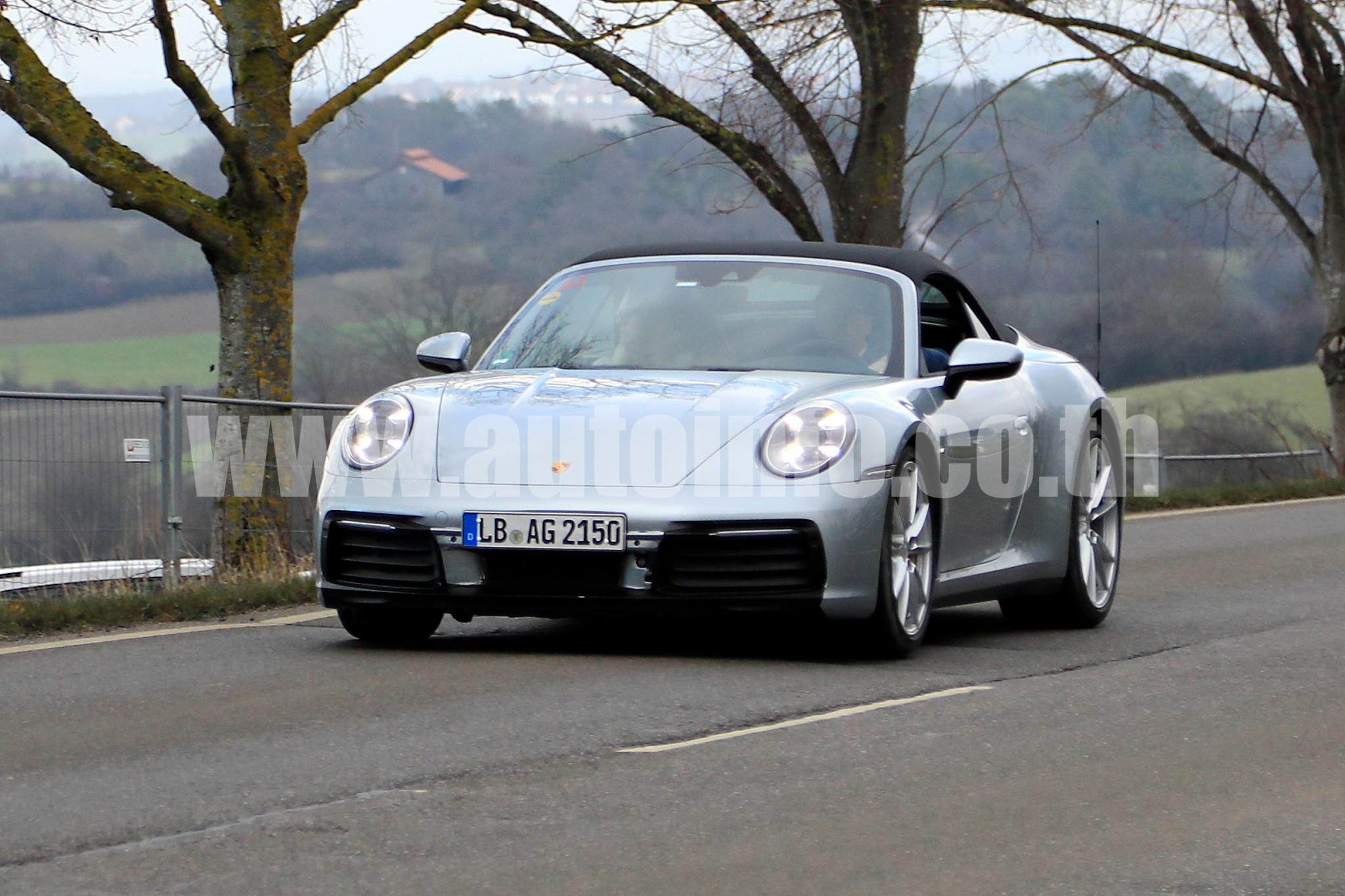 Porsche 911 Cabrio 001
