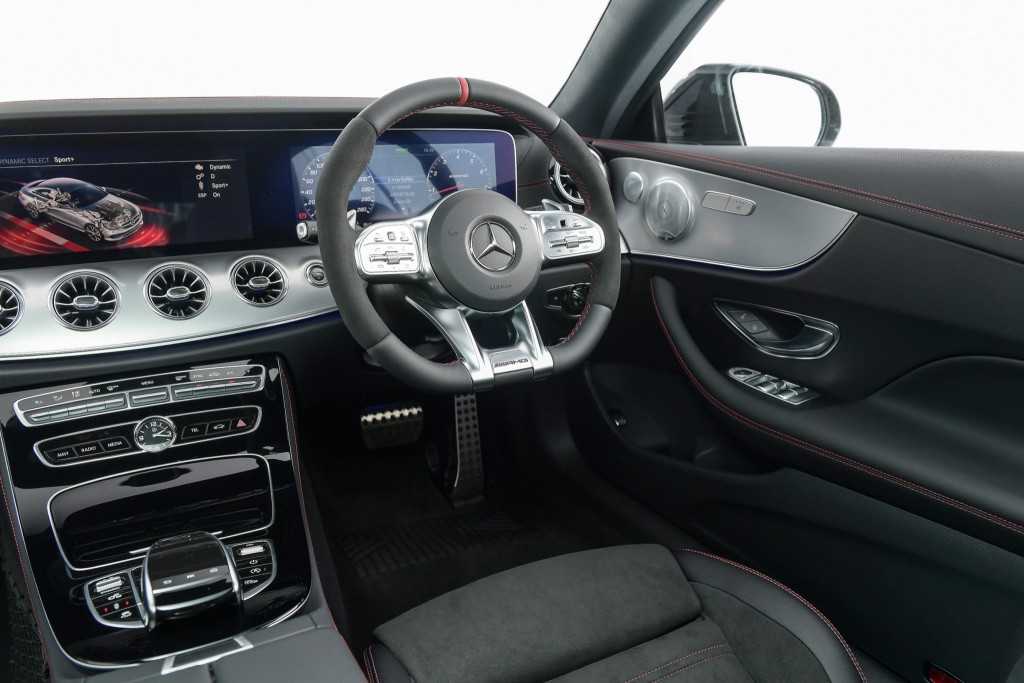 MBTh_Mercedes-AMG E 53 4MATIC+_Coupe+Interior (2)