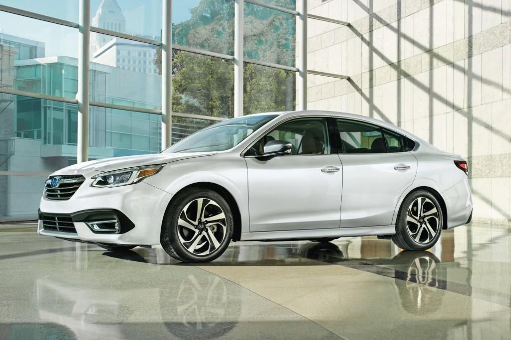 Subaru Legacy รุ่นใหม่ เปิดตัวแล้วที่งาน Chicago Auto Show รูปทรงเรียบง่าย เครื่องยนต์สมรรถนะสูงขึ้น ระบบความปลอดภัยทันสมัย