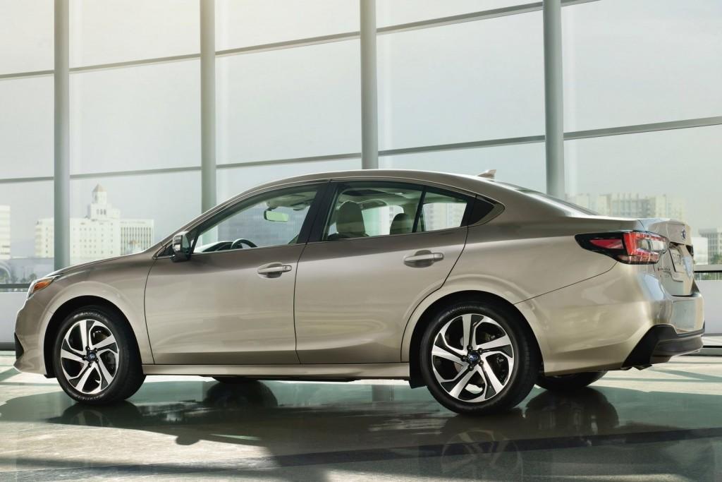 Subaru-Legacy-2020-1600-02