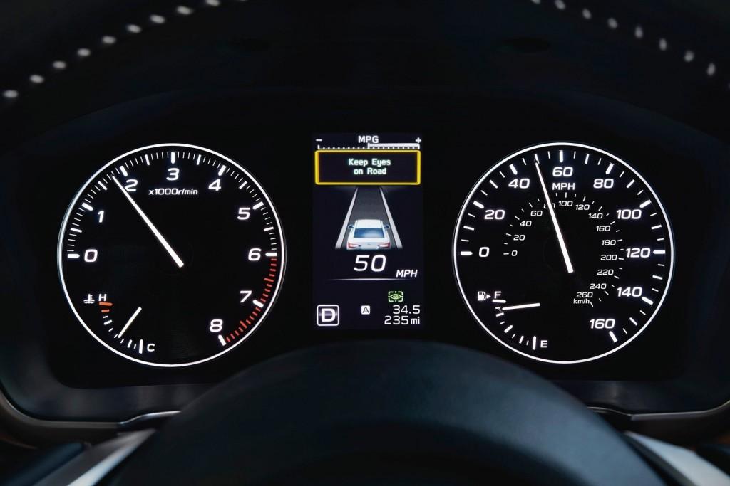 Subaru-Legacy-2020-1600-07