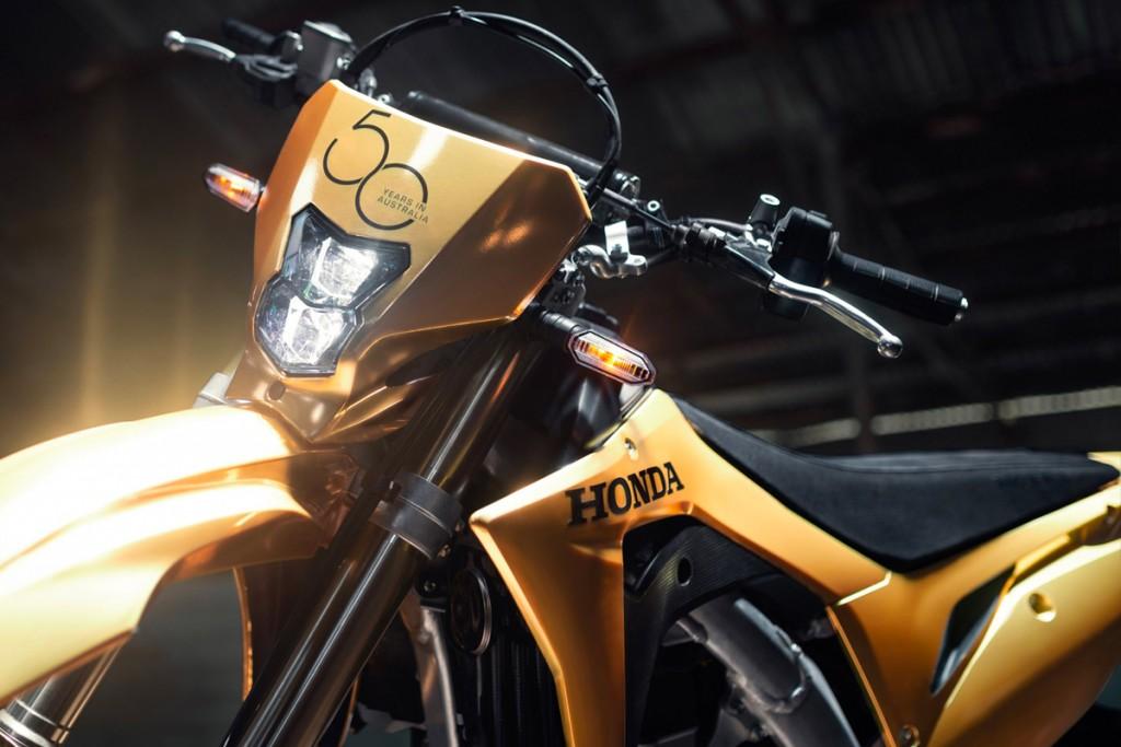honda-50th-anniversary-australia-gold-nsx-007
