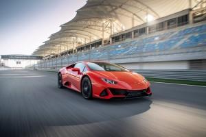 Huracan EVO เหนือกว่า Lamborghini Huracan Coupe