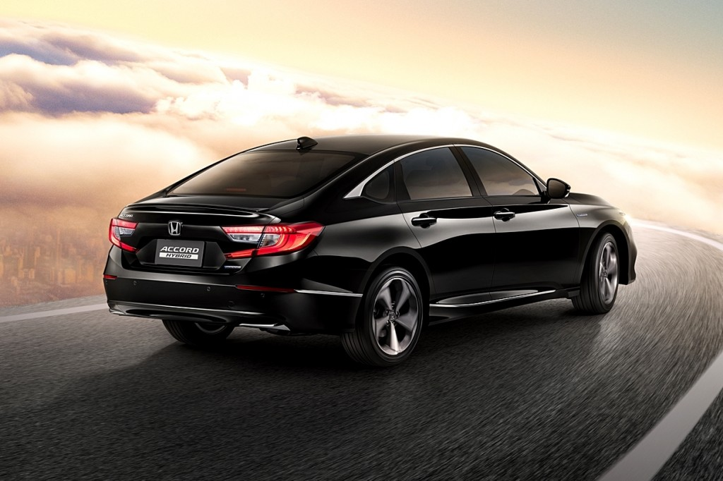 All-new Accord with Background (Rear)
