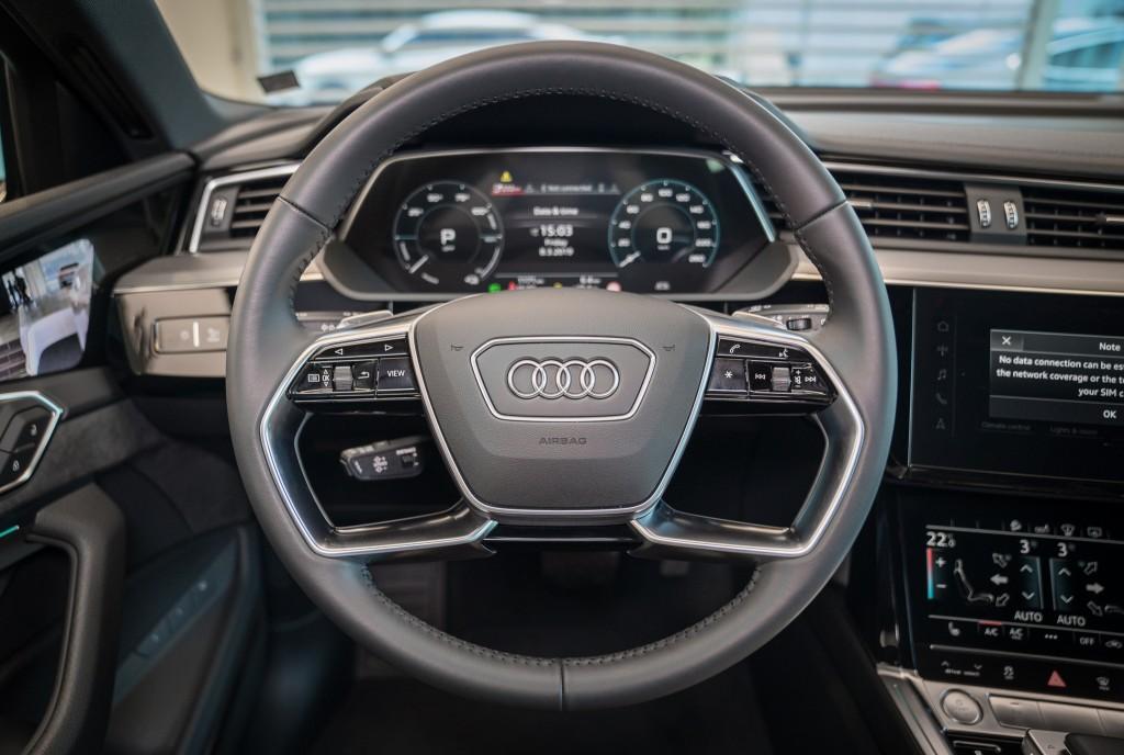 Audi e-tron_013