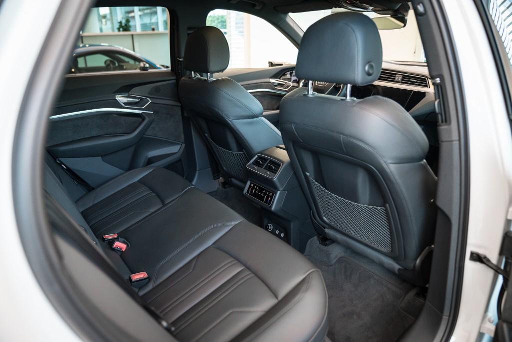 Audi e-tron_025
