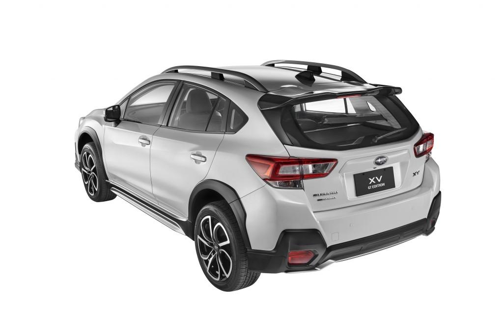 Subaru XV GT Edition white rear_re