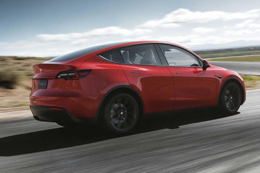 Tesla Model Y Twitter: Tesla Model Y ครอสส์โอเวอร์พลังงานไฟฟ้า ขนาดกะทัดรัด หลาก
