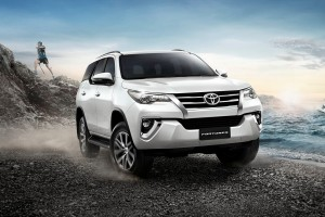 Toyota Fortuner ต้อนรับน้ำมันไบโอดีเซล B20 พร้อมรองรับทุกรุ่น และนำเสนอรุ่นย่อยใหม่ 2.4G เกียร์อัตโนมัติ (ราคา 1,299,000 บาท) !