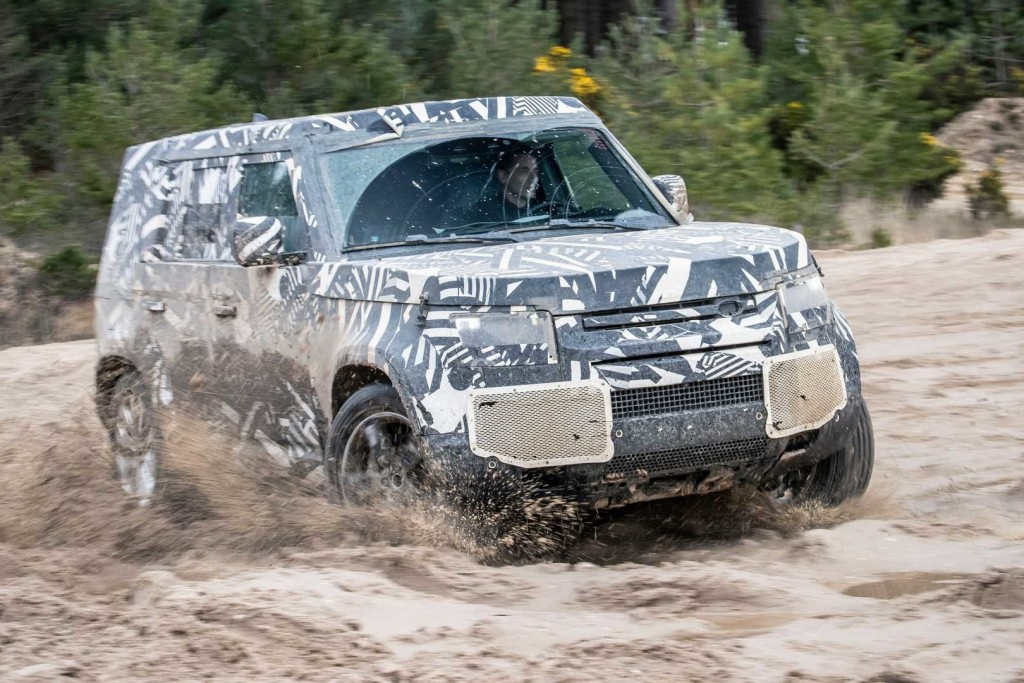 2020-land-rover-defender-testing (2)