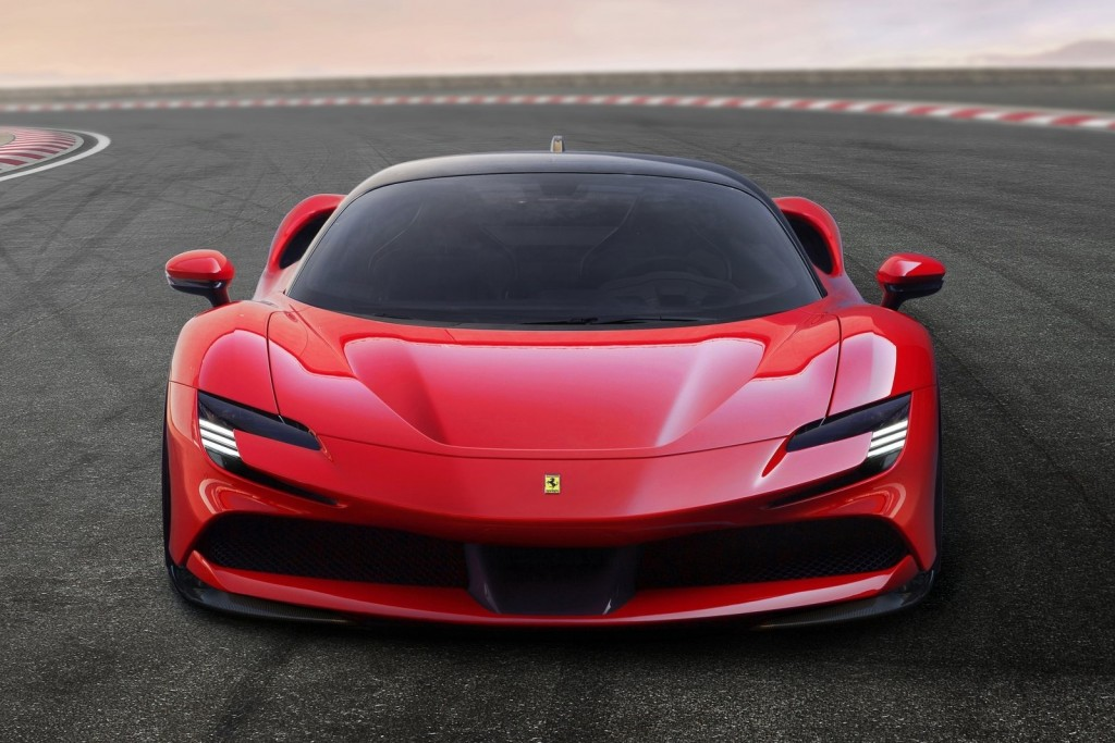 Ferrari-SF90_Stradale-2020-1600-05