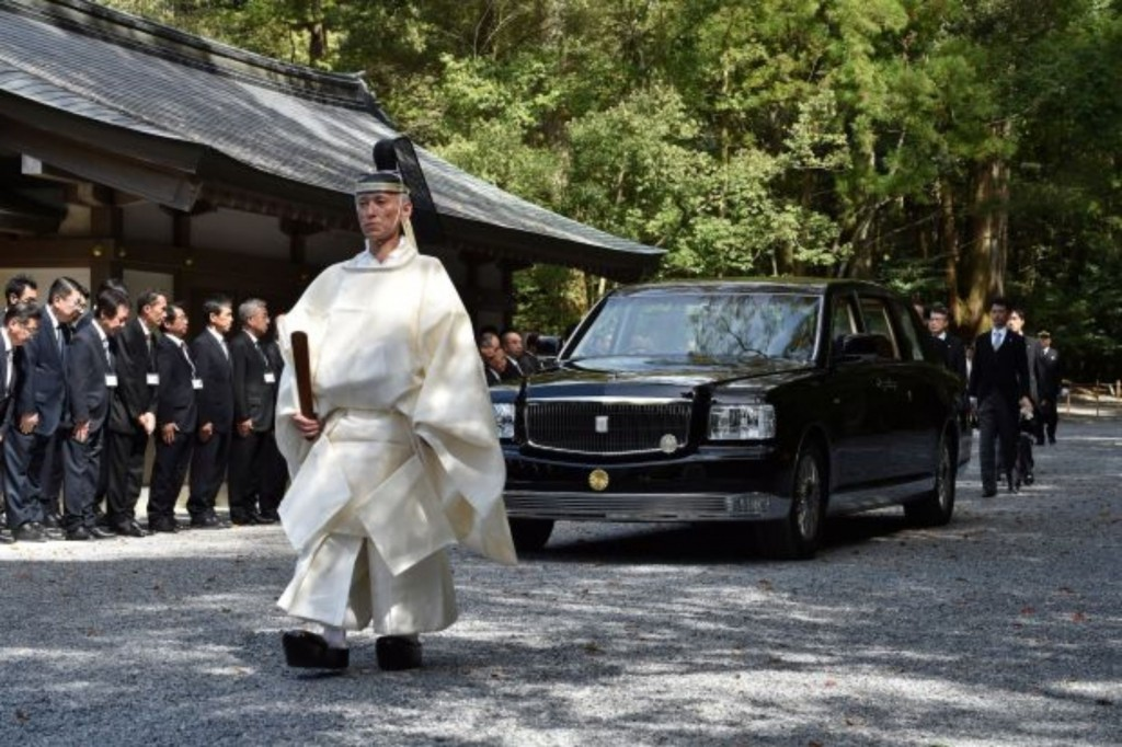 Toyota Century รถประจำพระองค์คันใหม่ ของจักรพรรดิญี่ปุ่น