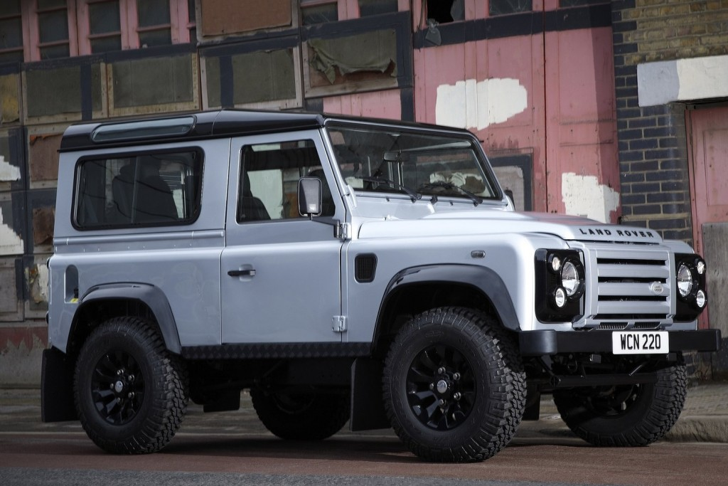 Land_Rover-Defender_X-Tech-2011-1600-02