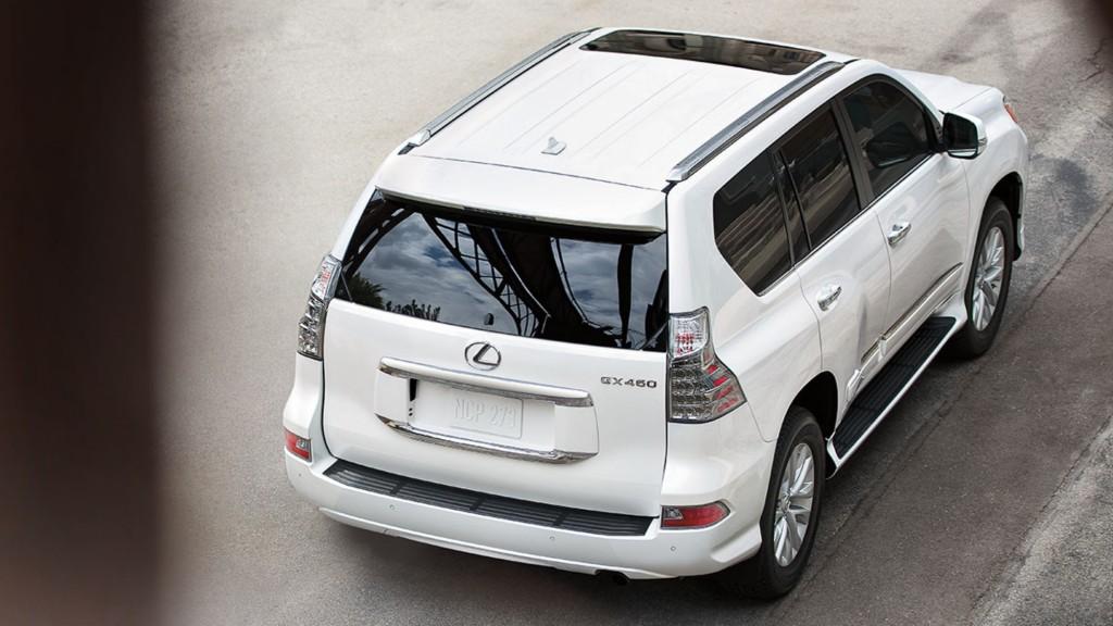 Lexus-GX-exterior-starfire-pearl-gallery-overlay-1204x677-LEX-GXG-MY15-005401