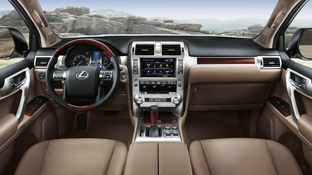 Lexus-GX-interior-sepia-leather-trim-gallery-overlay-1204x677-LEX-GXG-MY18-0016-01_M75