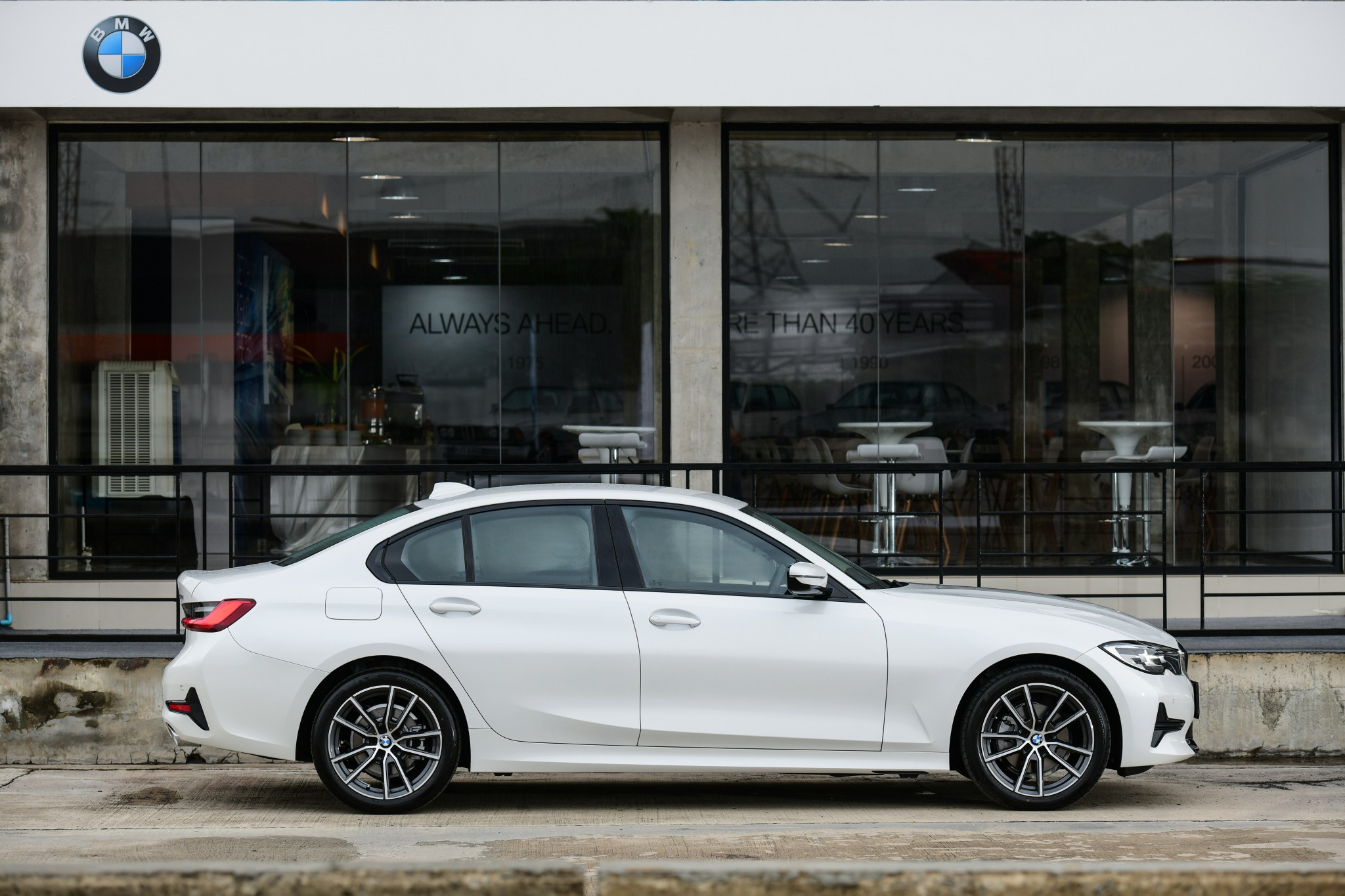 The All-New BMW 320d Sport (3)