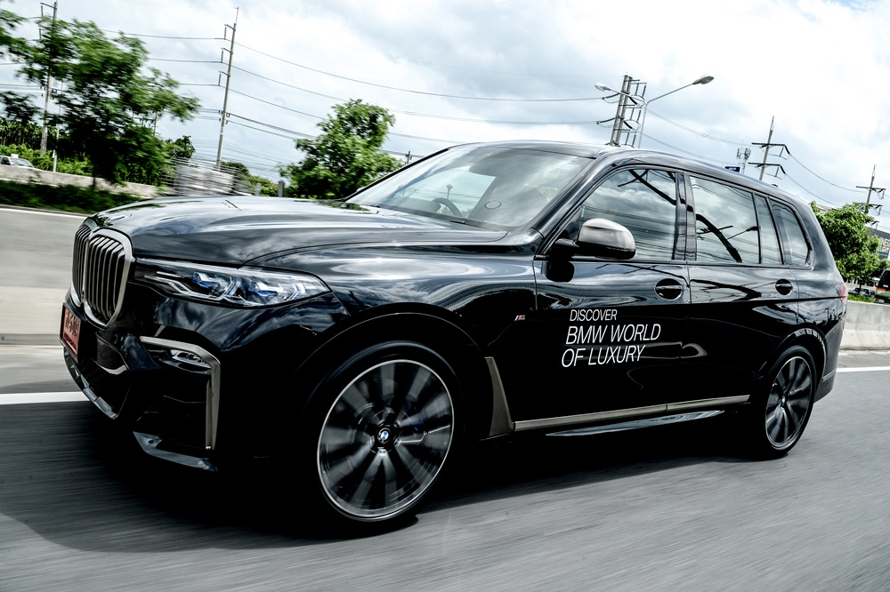 สัมผัส และทดลองขับ BMW X7 ครั้งแรก โดย Platino Motor จัดให้ก่อนใคร !! ในงาน BMW World of Luxury 2019