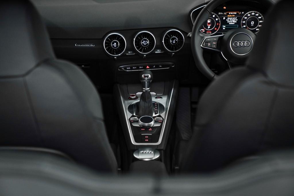 Audi TT Coupe_02