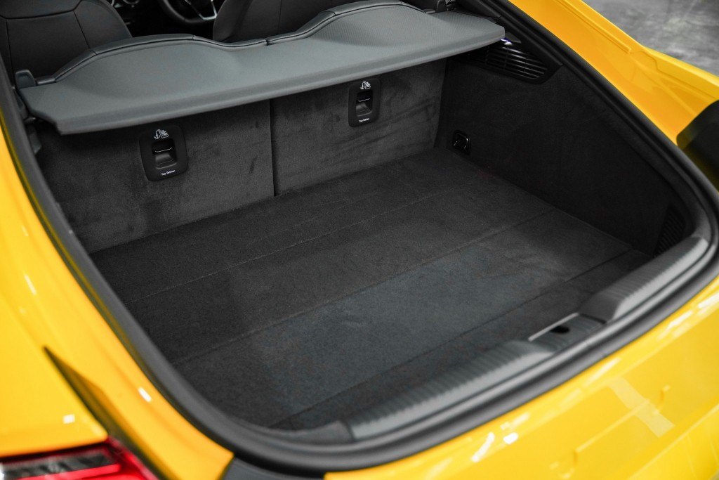 Audi TT Coupe_05