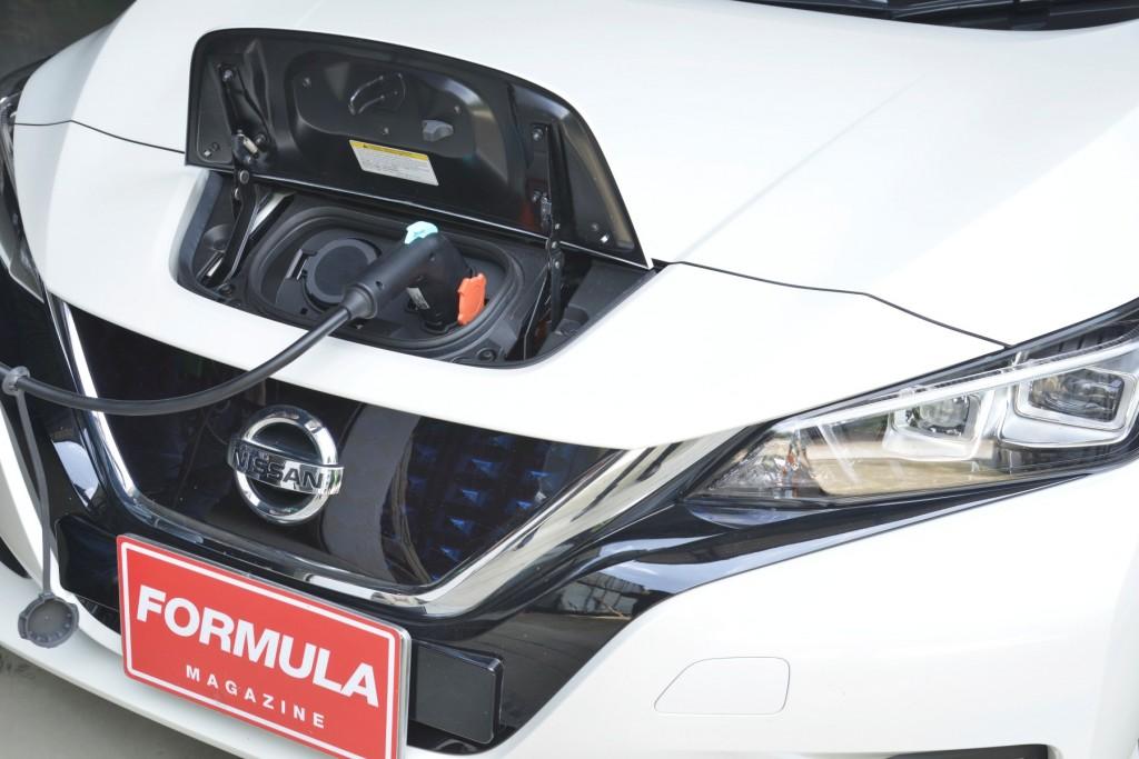 Nissan Leaf ทดสอบ