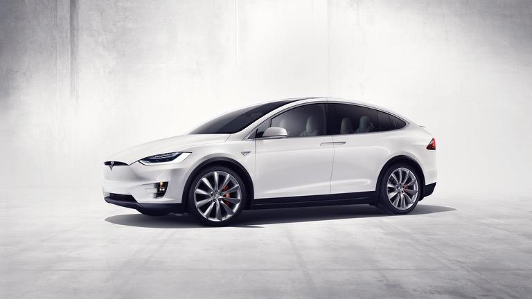 Tesla_Model_X-01