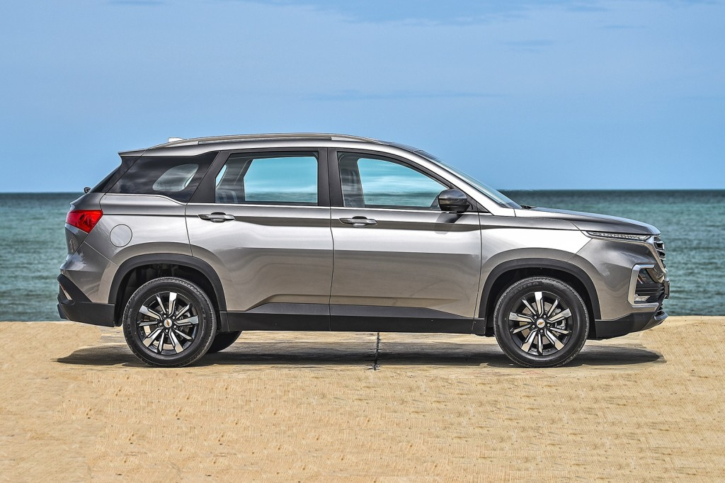 All-New Chevrolet Captiva Premier_Profile seaside_small