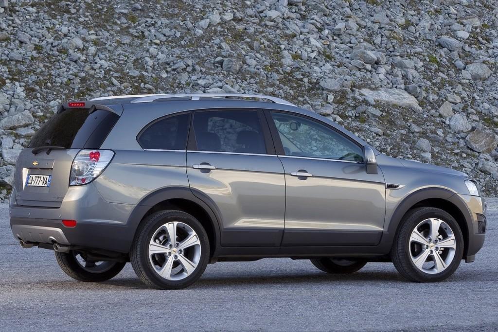 Chevrolet-Captiva-2012-1280-35