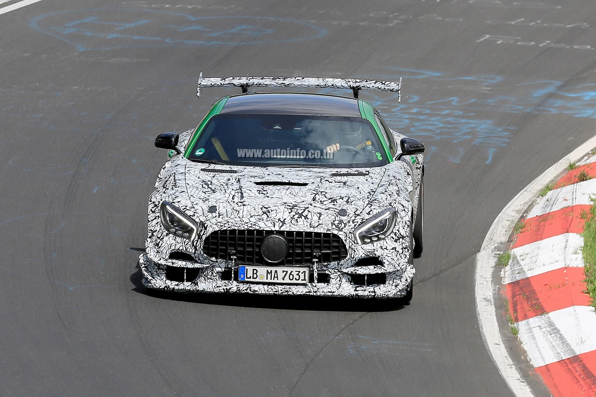 w Mercedes-AMG GT Black Series 001