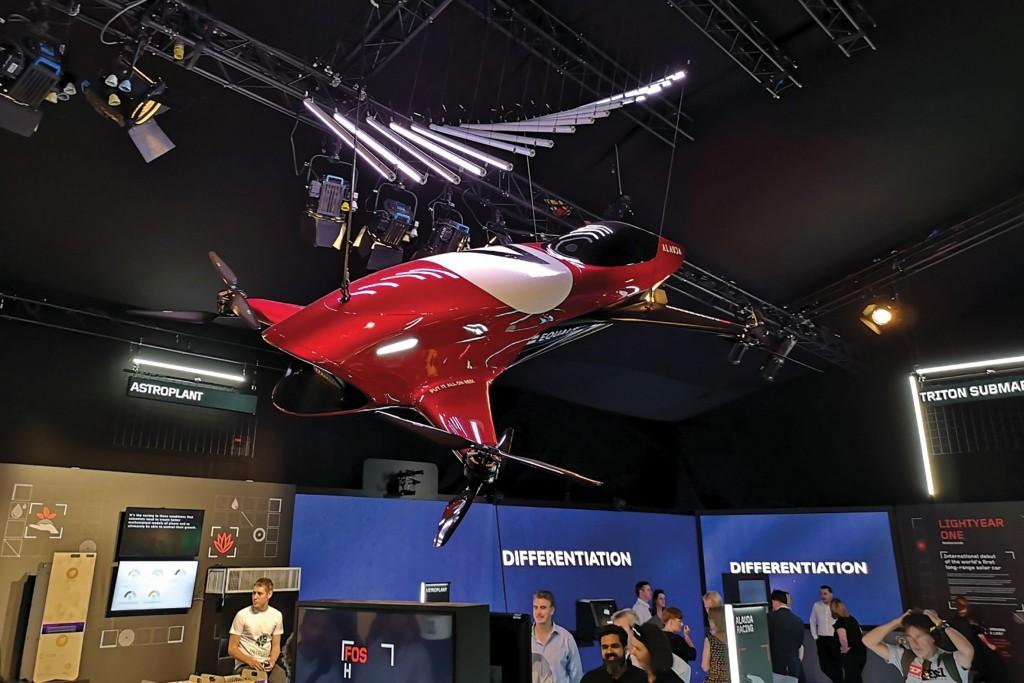 HIW128.trans_flyingcars.fo_goodwood_29
