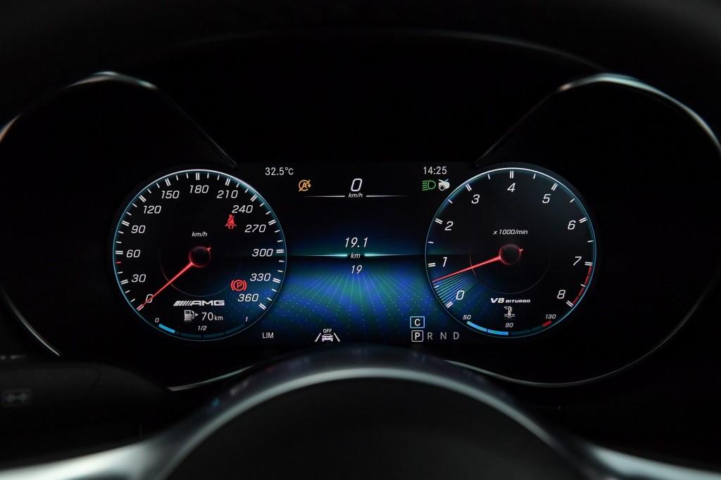 Mercedes-AMG GT C Roadster (36)