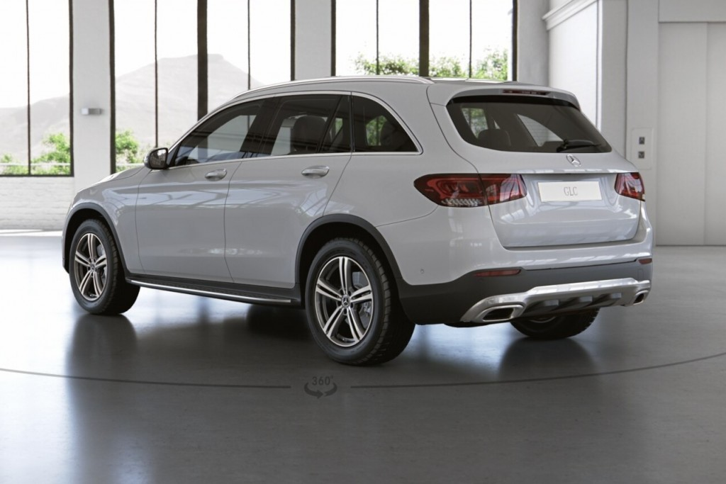 Mercedes-Benz GLC 220 d (2)