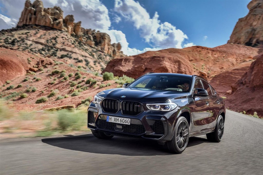 P90367343_highRes_the-new-bmw-x6-m-and (Large)