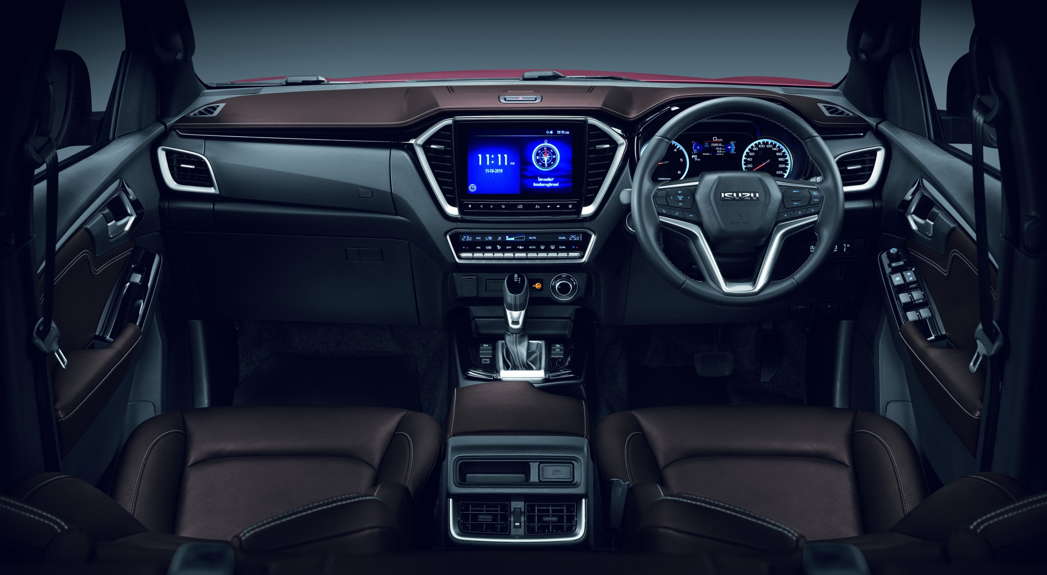 V-CROSS_INTERIOR_ (1)