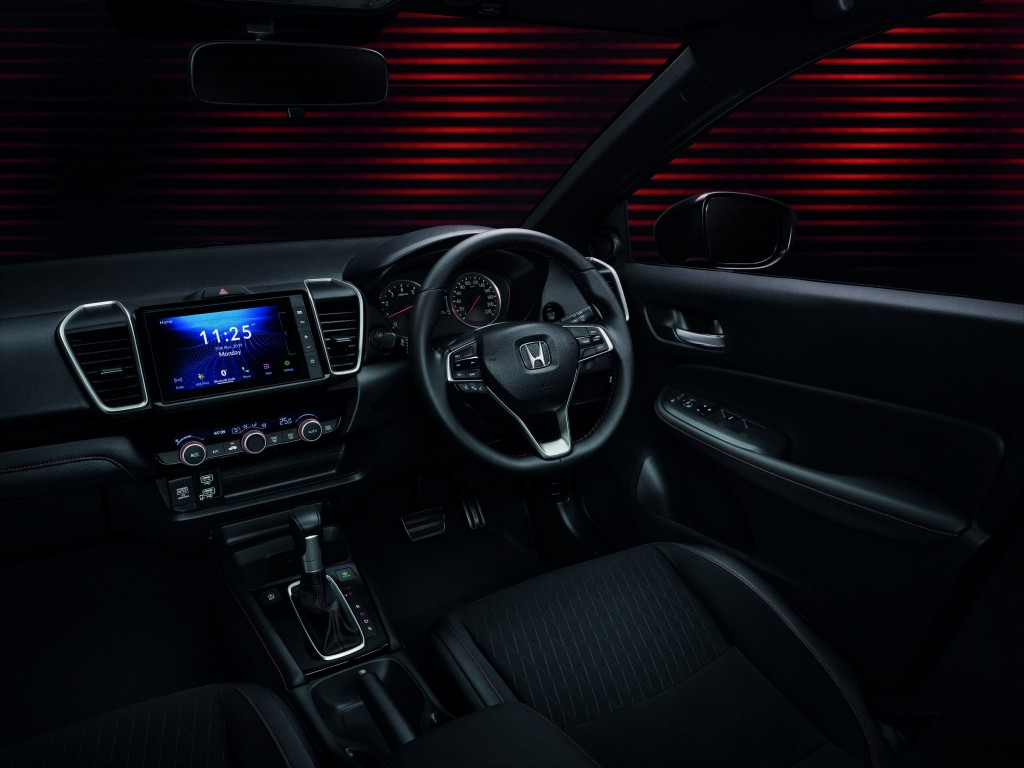 All-new Honda City_Console_Multi-function Steering Wheel with HFT