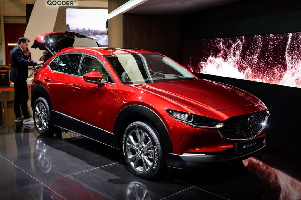 Mazda New CX 30, Geneva 2019  (2)