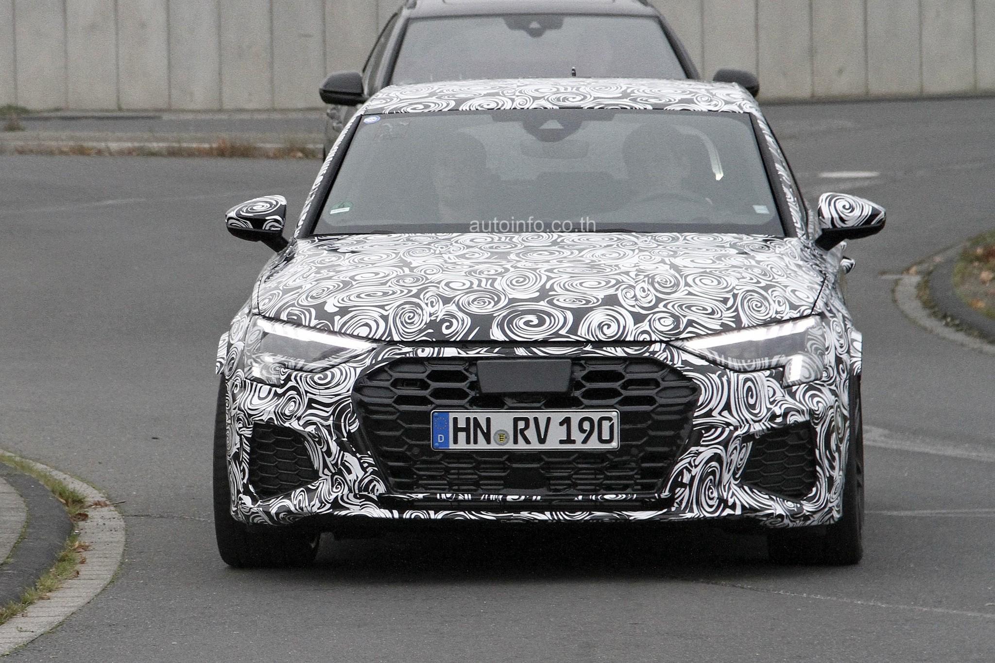 W Audi RS3 001