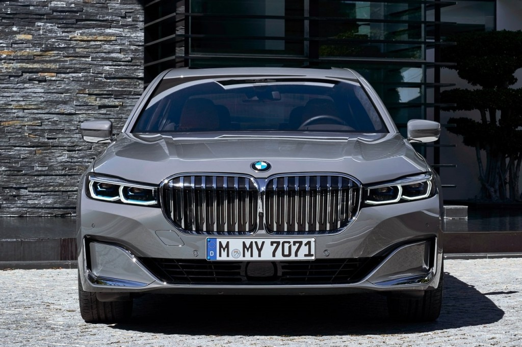 BMW-7-Series-2020-1600-2f