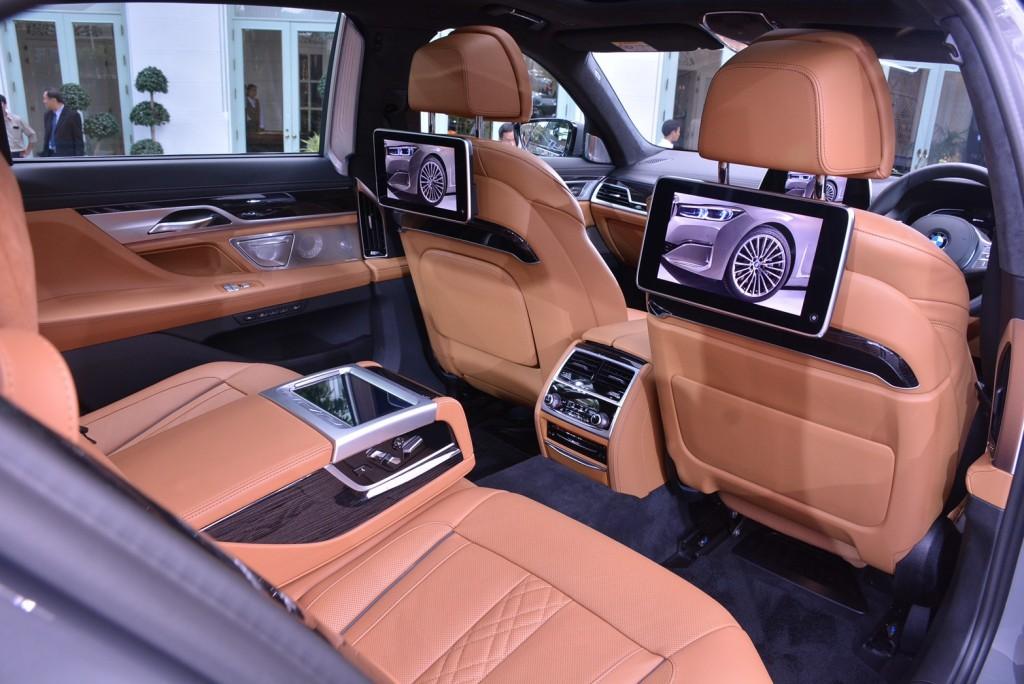 BMW_๒๐๐๑๑๔_0007