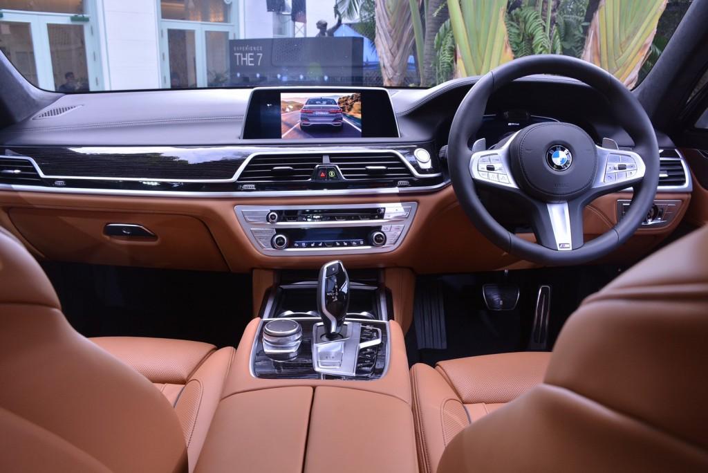 BMW_๒๐๐๑๑๔_0008