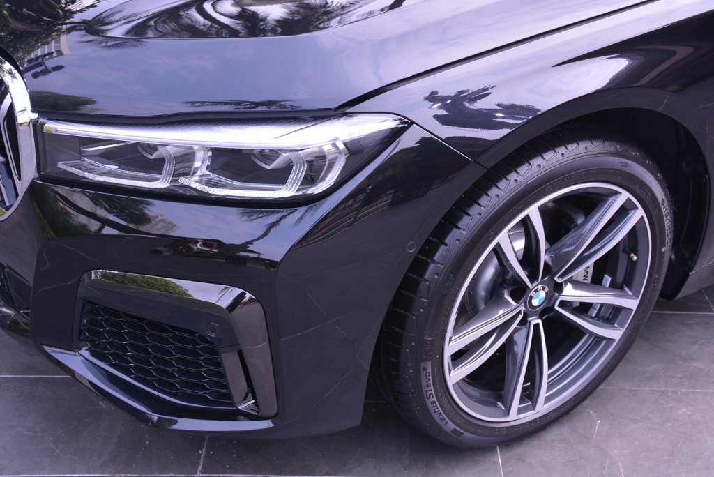 BMW_๒๐๐๑๑๔_0025