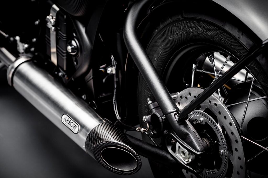 Bobber-TFC--Arrow-exhaust-2