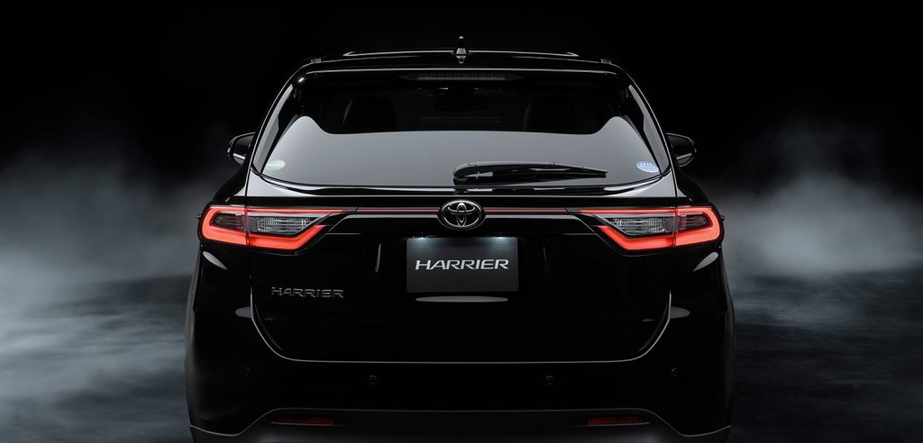 Toyota-Harrier-2