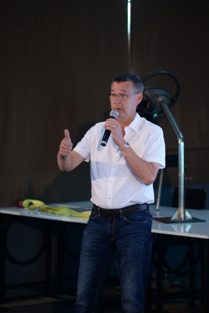 มร.คริส เวลส์ กรรมการผู้จัดการ บริษัท วอลโว่ คาร์ (ประเทศไทย)